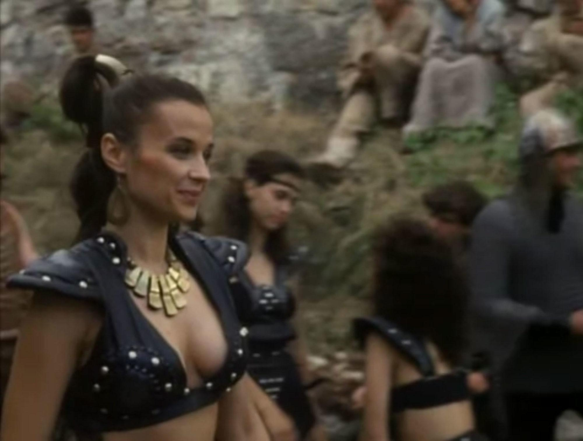 Anya Pencheva in Deathstalker IV: Match of Titans