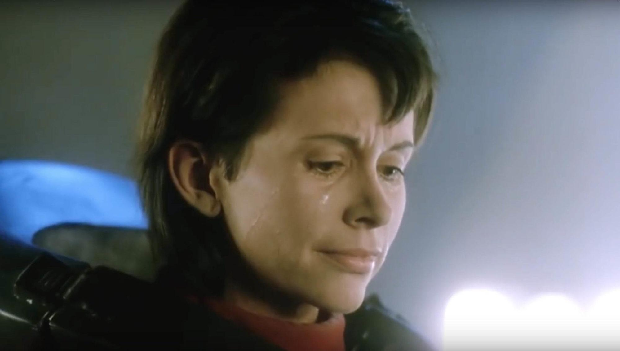 Leigh Lombardi in Moontrap (1989)