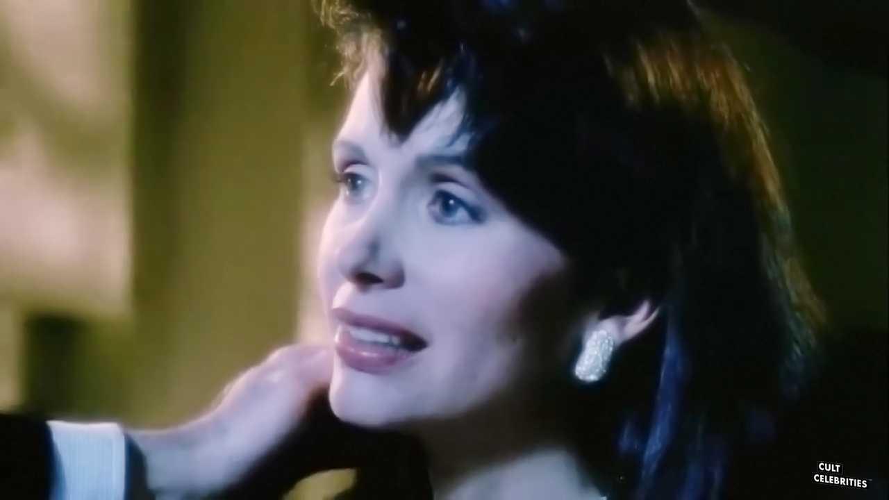 Leigh Lombardi in Moontrap (1989)