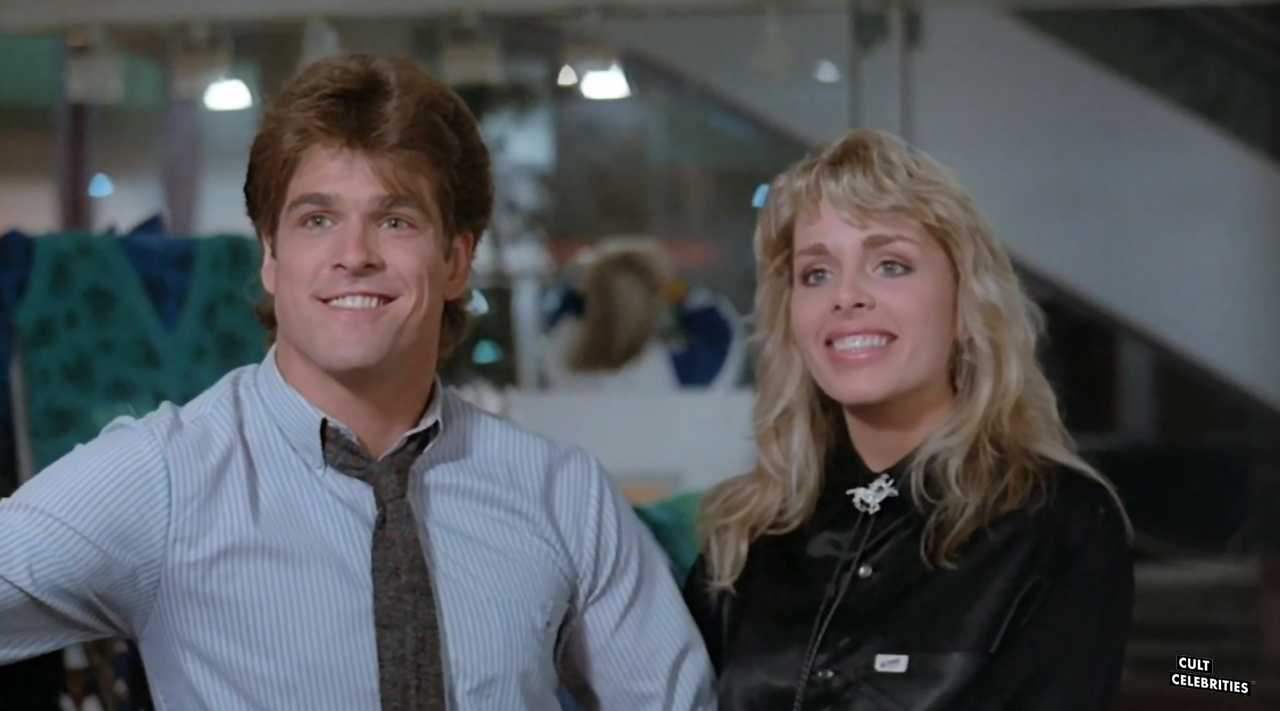 John T. Terlesky and Suzee Slater in Chopping Mall (1986)