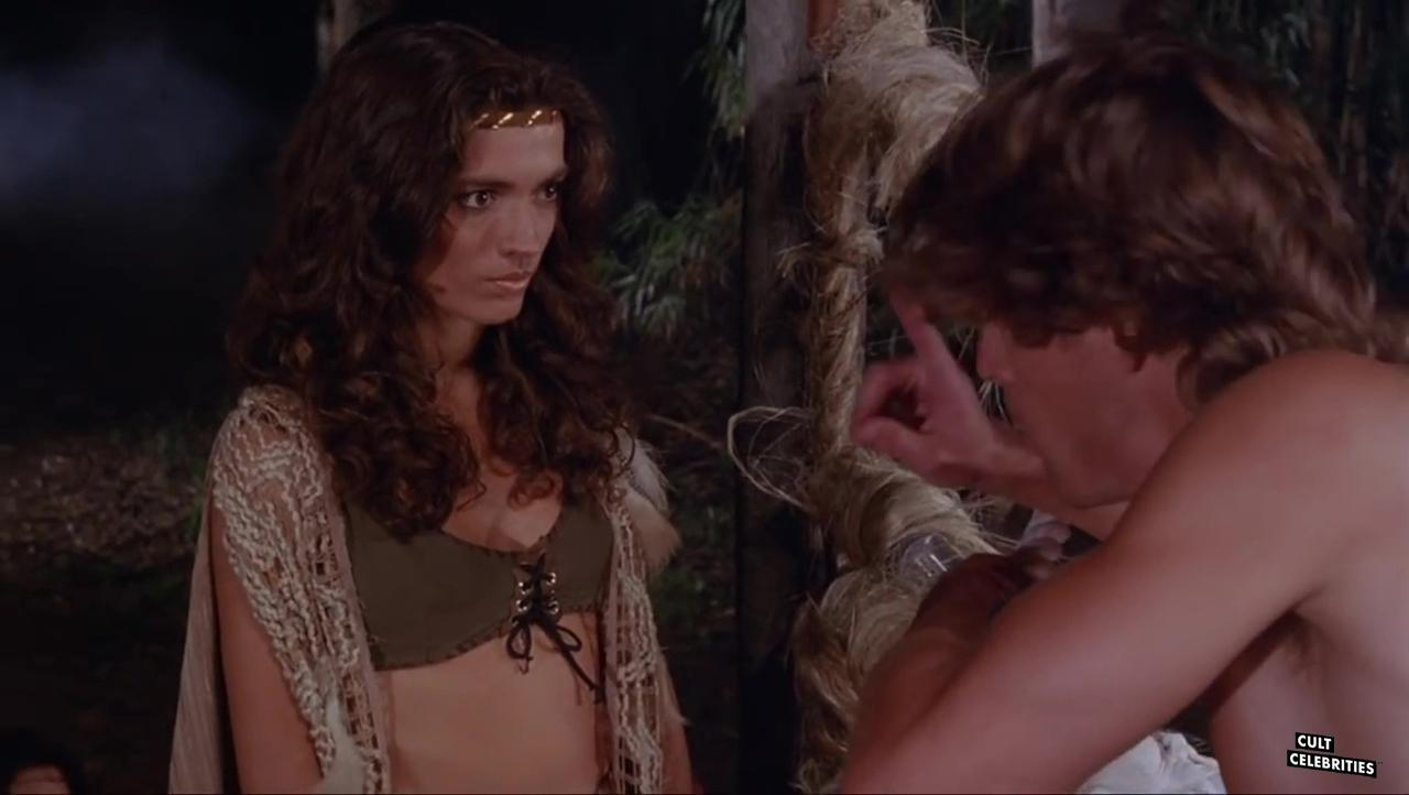 María Socas and John Terlesky in Deathstalker II: Duel of the Titans (1987)
