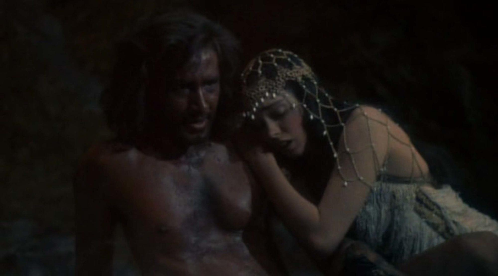 Kathleen Beller and Lee Horsley in The Sword and the Sorcerer (1982)