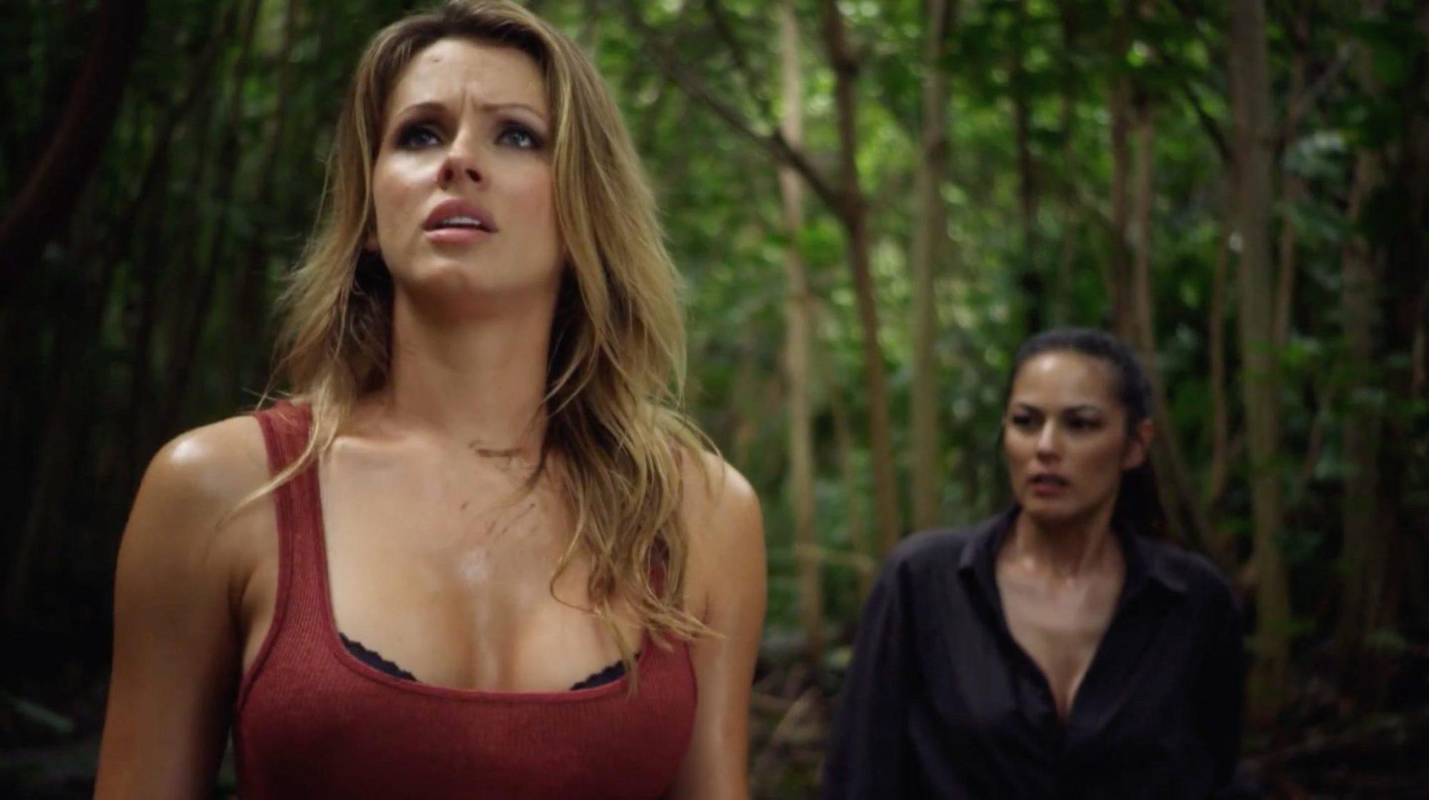 Shandi Finnessey and Terri Ivens in Piranhaconda (2012)