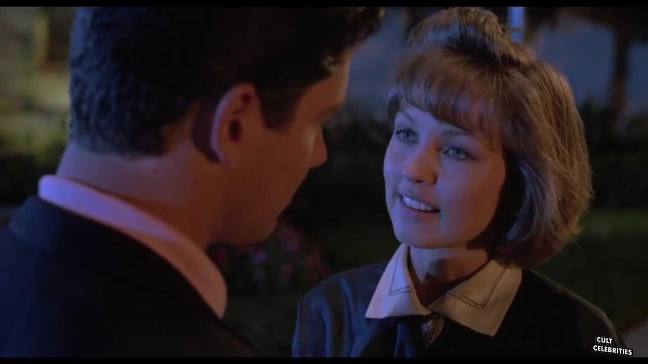 Deborah Foreman in Waxwork (1988)