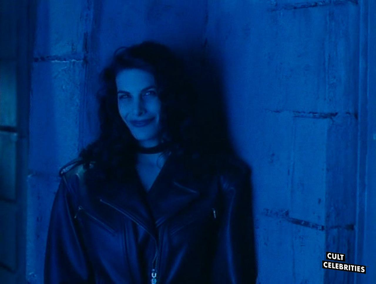 Hilary Shepard in Scanner Cop (1994)