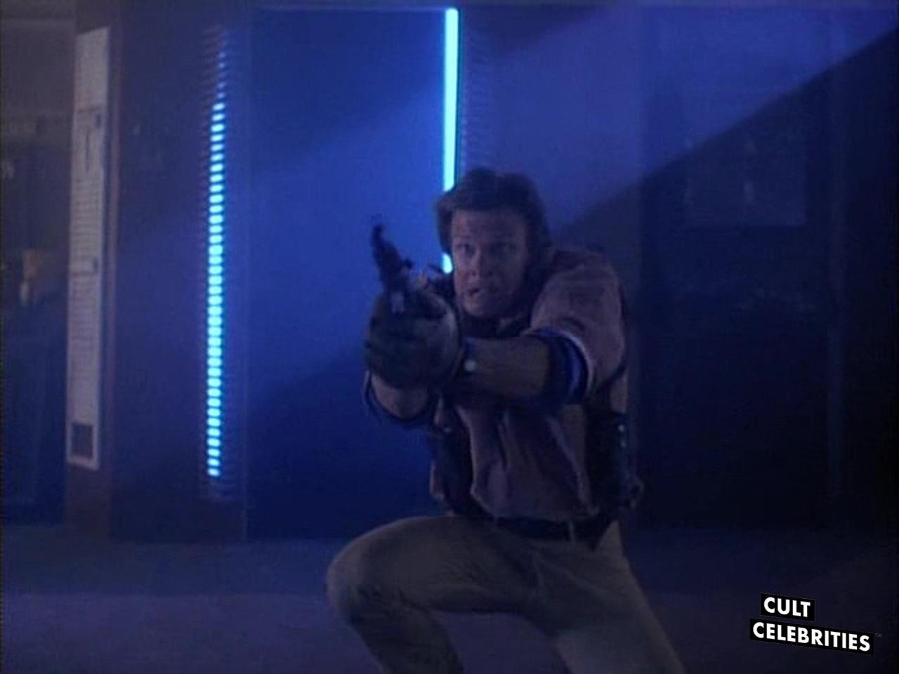 Marc Singer in Dead Space (1991)