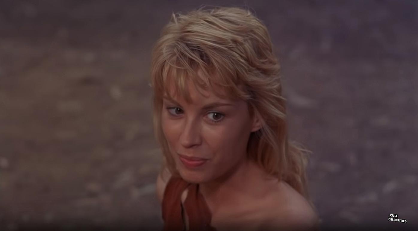 Monique Gabrielle in Deathstalker II: Duel of the Titans (1987)
