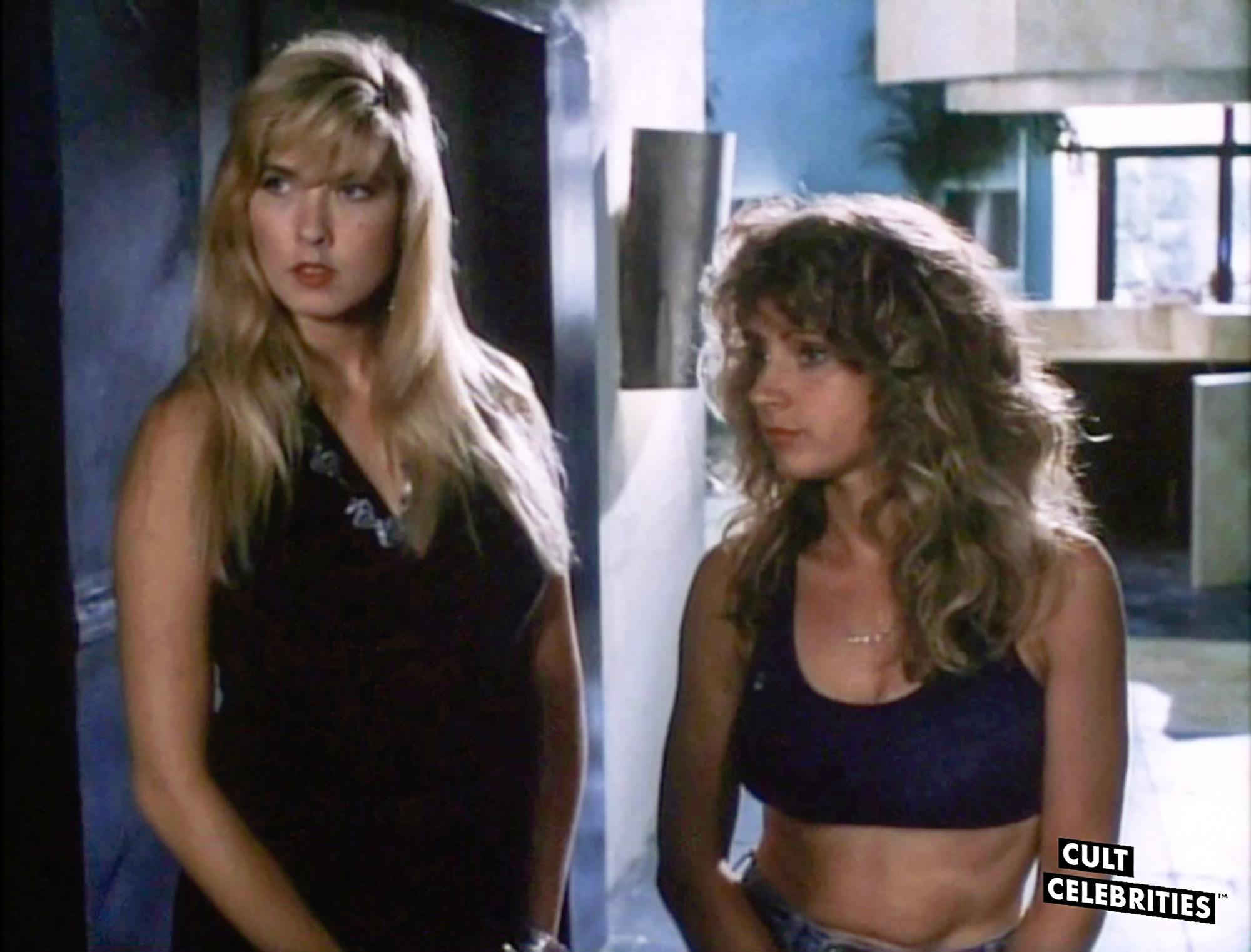 Melissa Moore and Gail Thackray in Hard to Die (1990)
