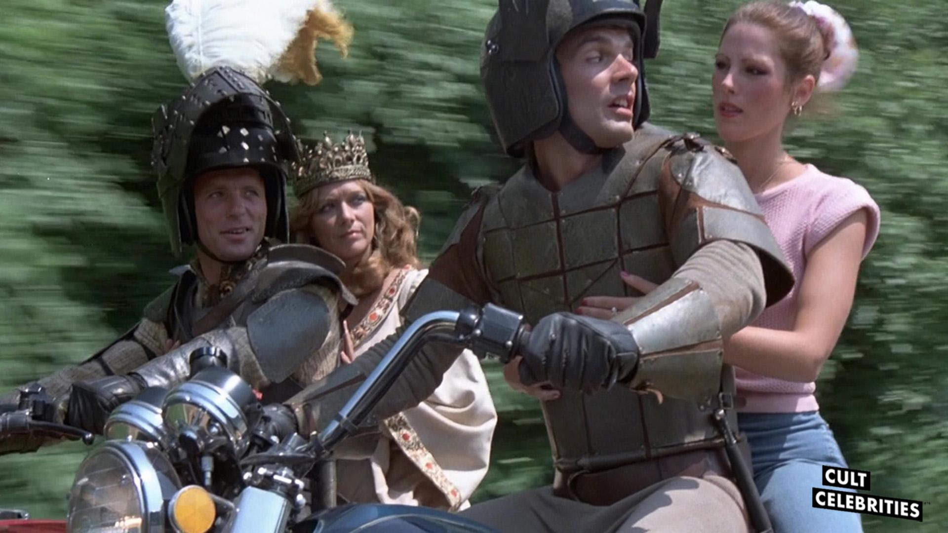 Ed Harris, Amy Ingersoll, Gary Lahti and Patricia Tallman in Knightriders (1981)