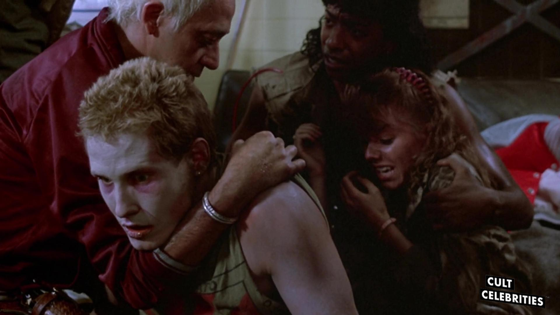 Thom Mathews in Return of the Living Dead (1985)