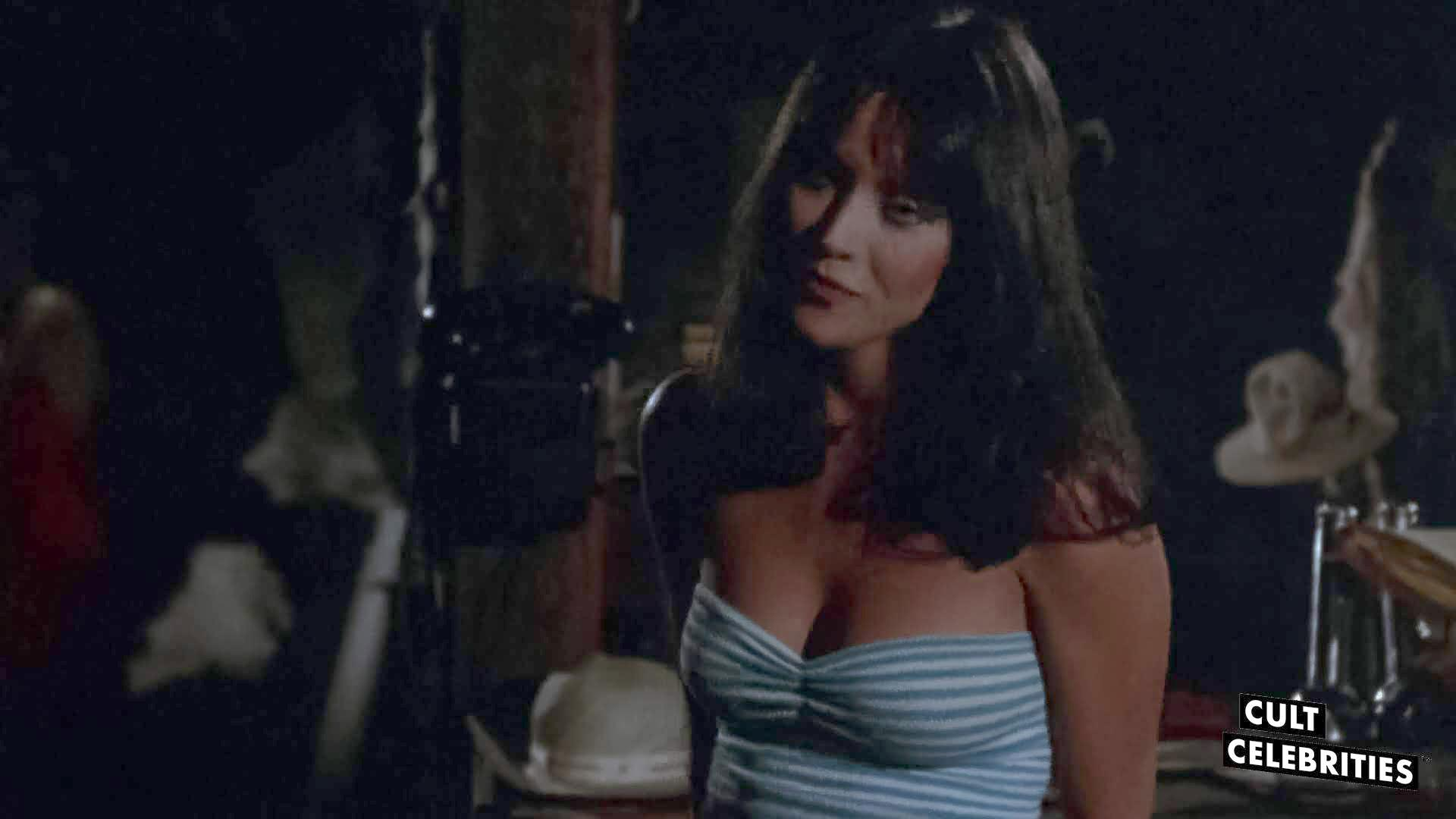 Tanya Roberts in Tourist Trap (1979)