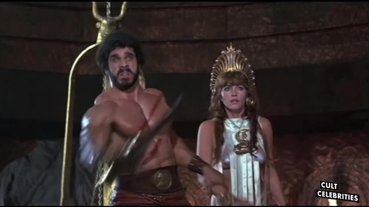 Lou Ferrigno and Mirella D'Angelo in Hercules (1983)
