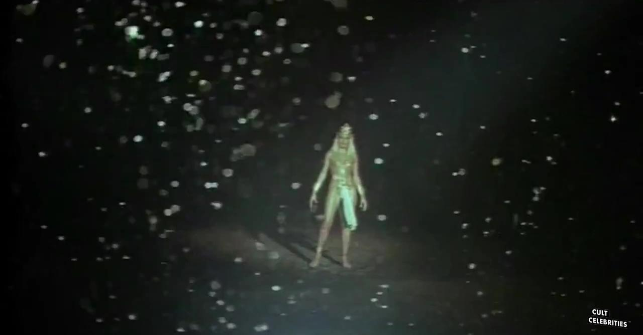Sangraal, la spada di fuoco (1982)