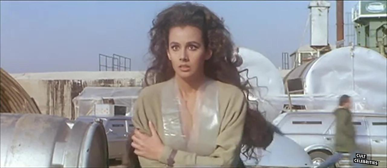 Anna Kanakis in Warriors of the Wasteland (1983)