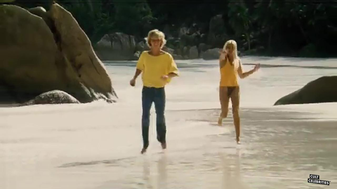 Sabrina Siani and Fabio Meyer in Blue Island (1982)