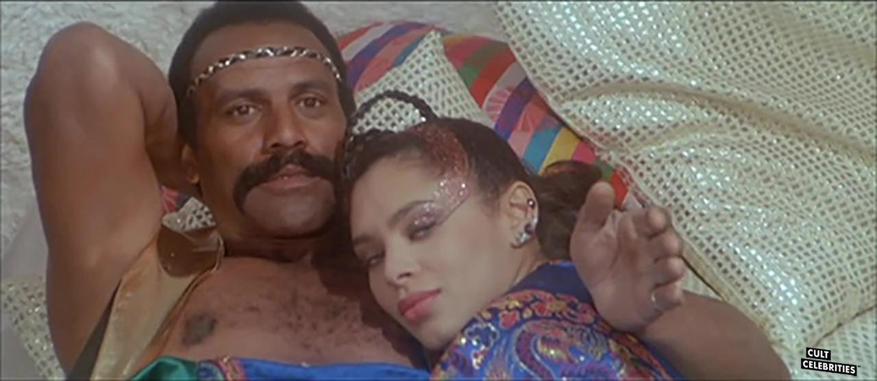 Fred Williamson and Iris Peynado