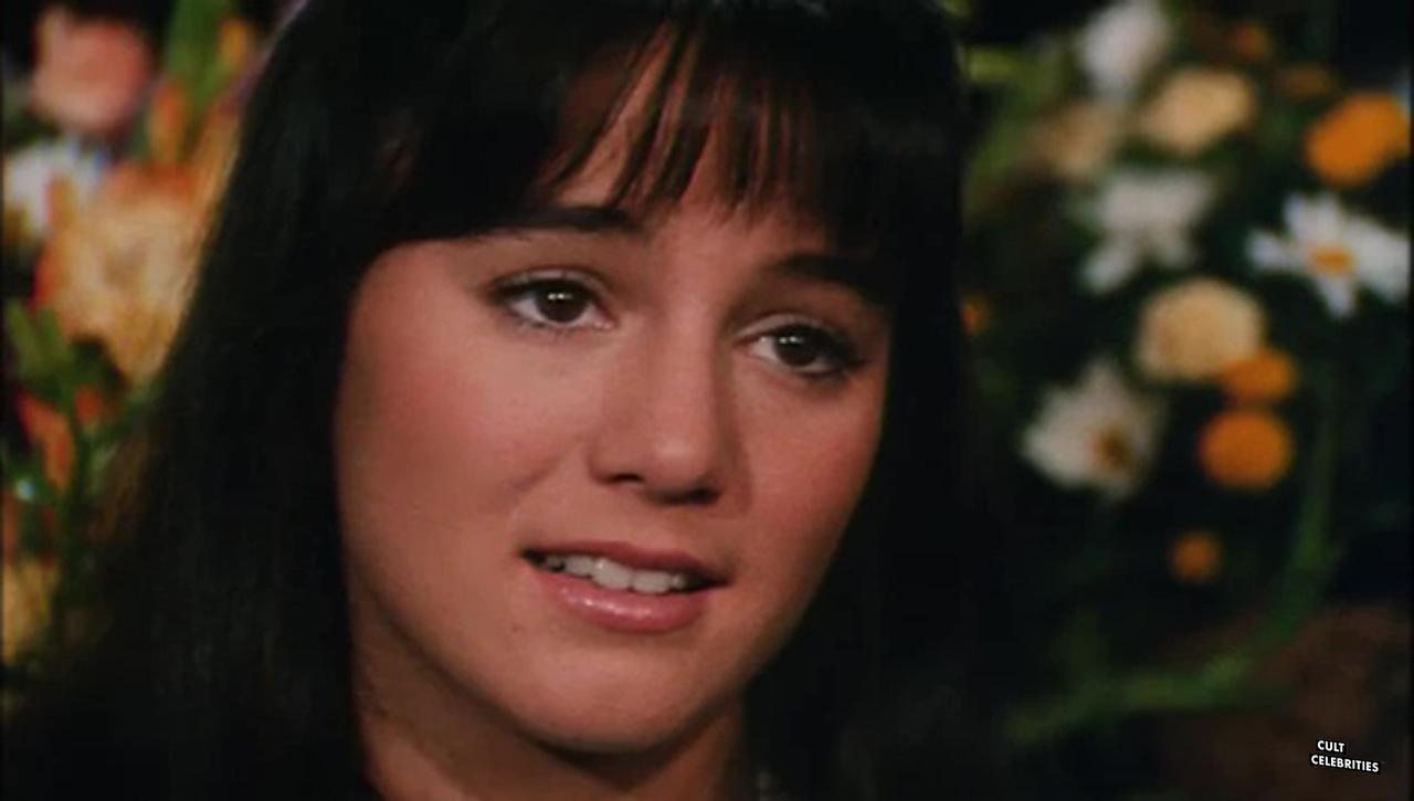Jill Schoelen in Hot Moves (1984)