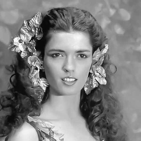 María Socas in Wizards of the Lost Kingdom (1985)