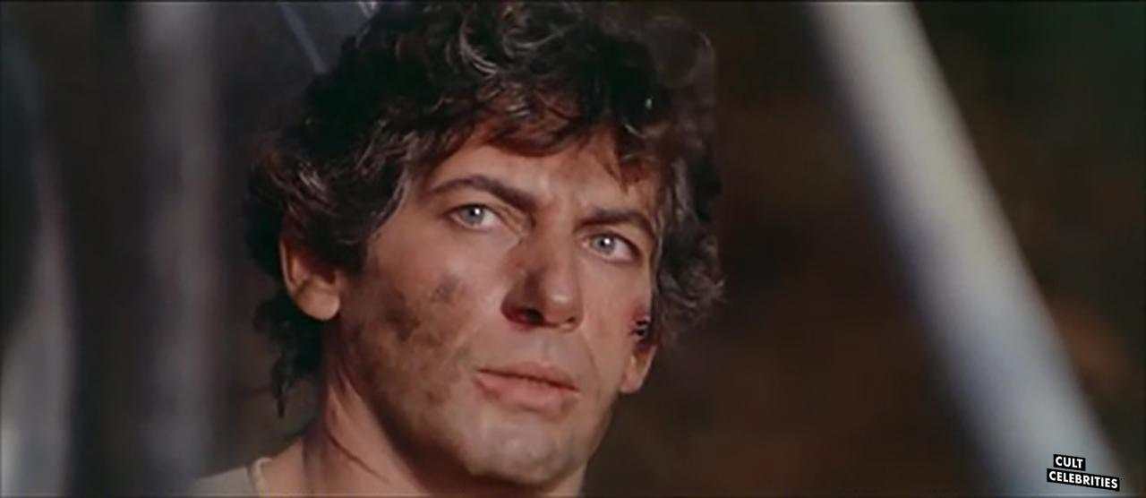 Giancarlo Prete in Warriors of the Wasteland (1983)