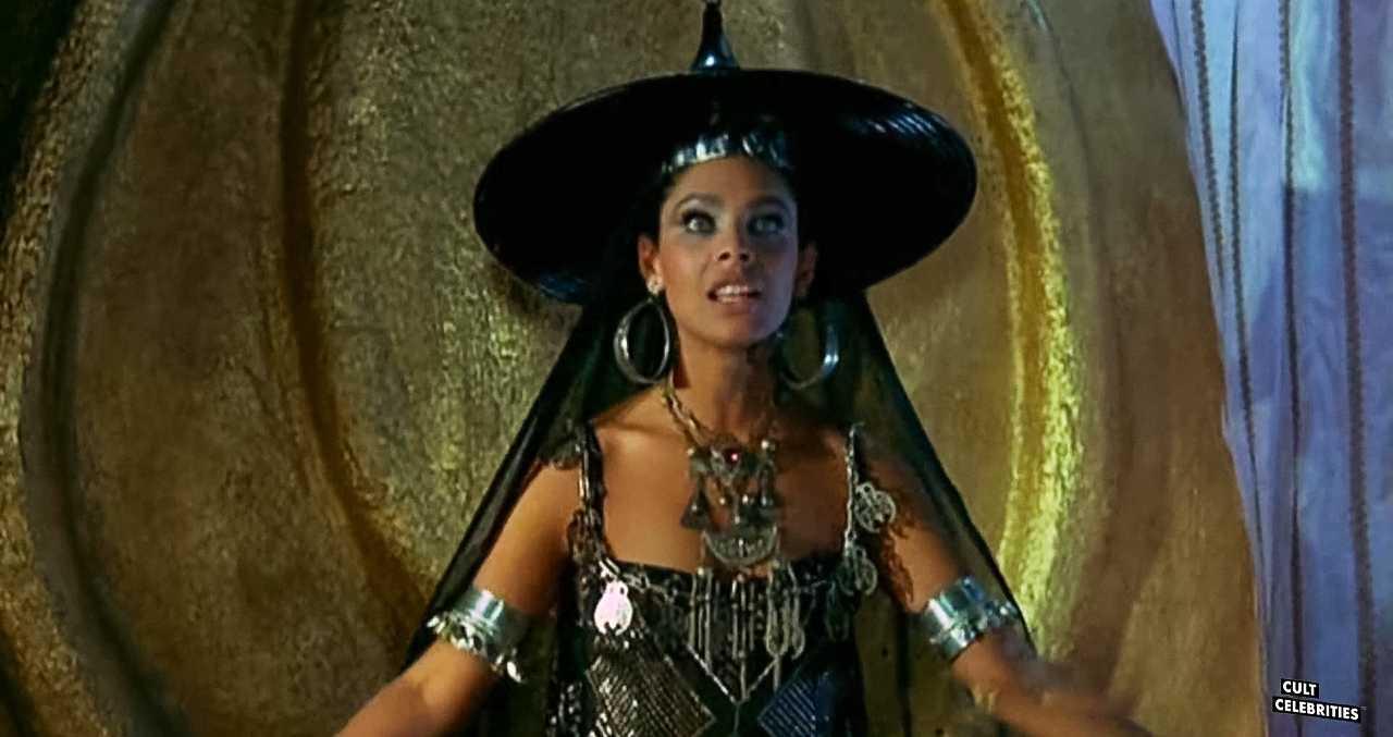 Iris Peynado in Attila flagello di Dio (1982)