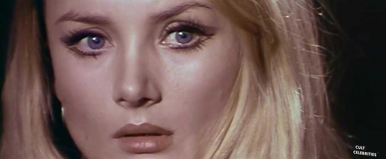 Barbara Bouchet in L'uomo Dagli Occhi Di Ghiaccio (1971)