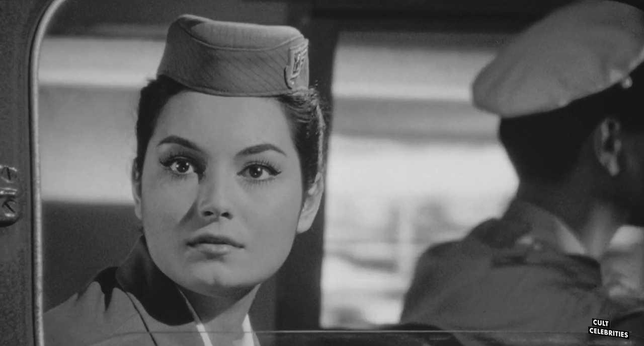 Rosanna Schiaffino in Ro.Go.Pa.G. (1963)