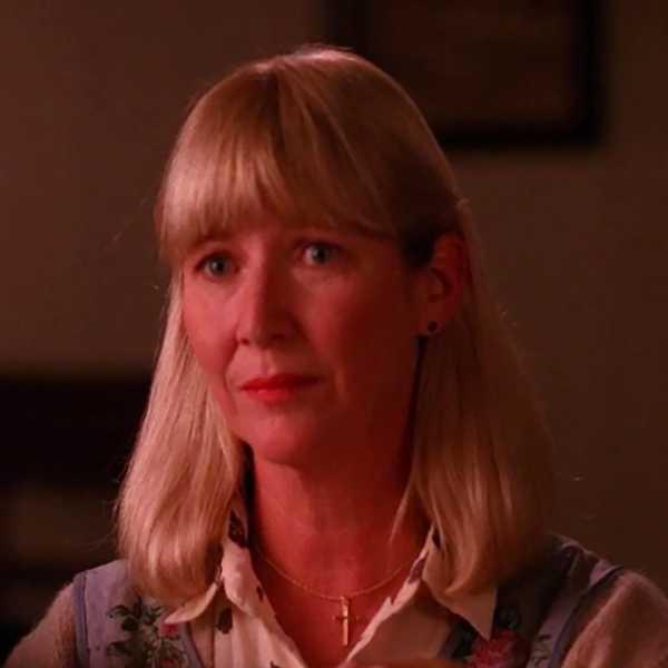 Charlotte Stewart in Twin Peaks (1990)