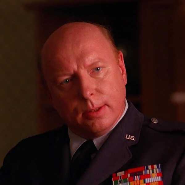 Don S. Davis in Twin Peaks (1990)