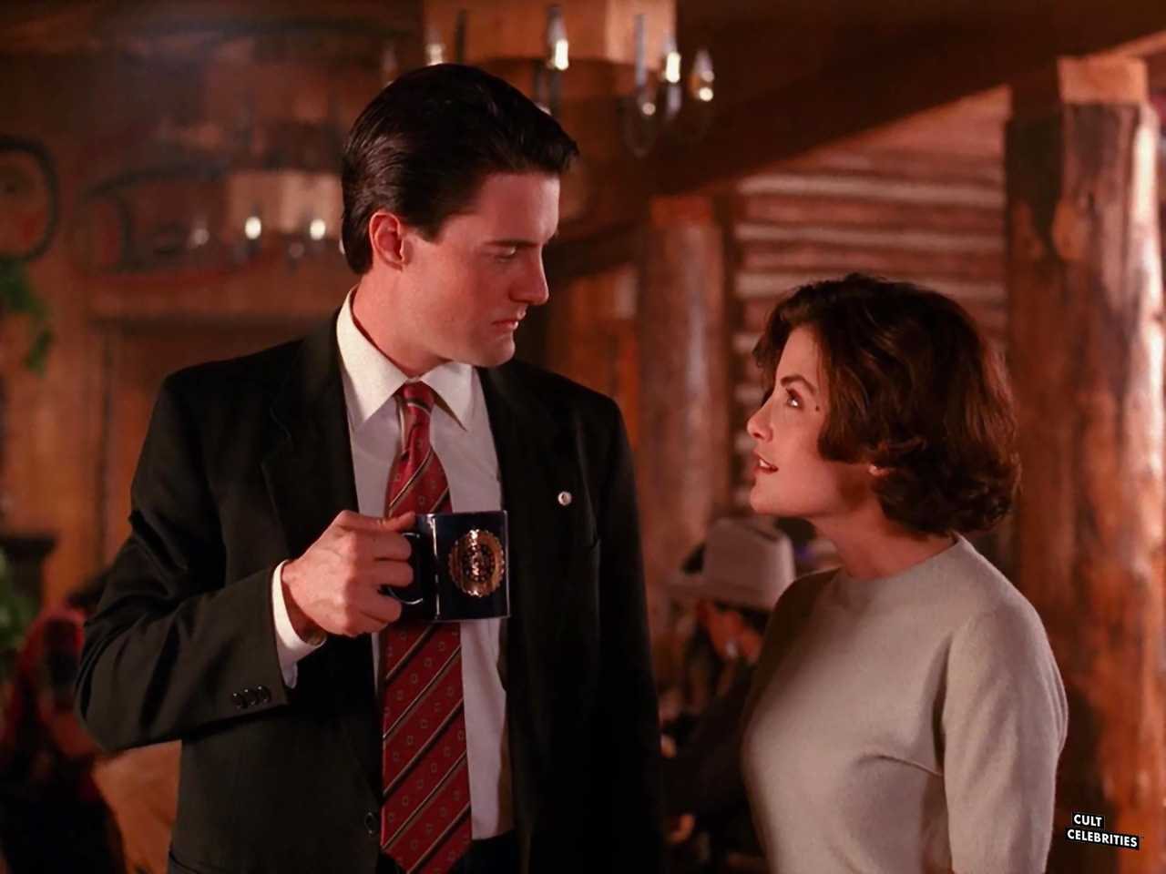 Sherilyn Fenn and Kyle MacLachlan in Twin Peaks (1990)