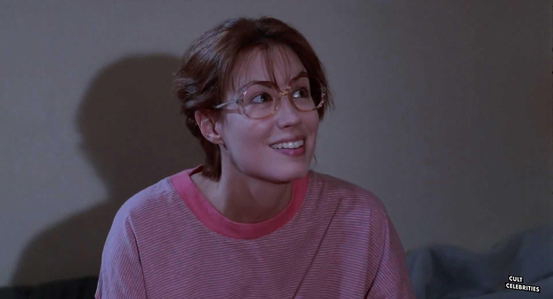 Monique Gabrielle in Evil Toons (1992)