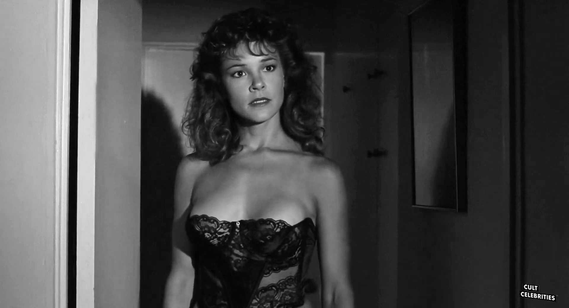 Michelle Bauer in Evil Toons (1992)