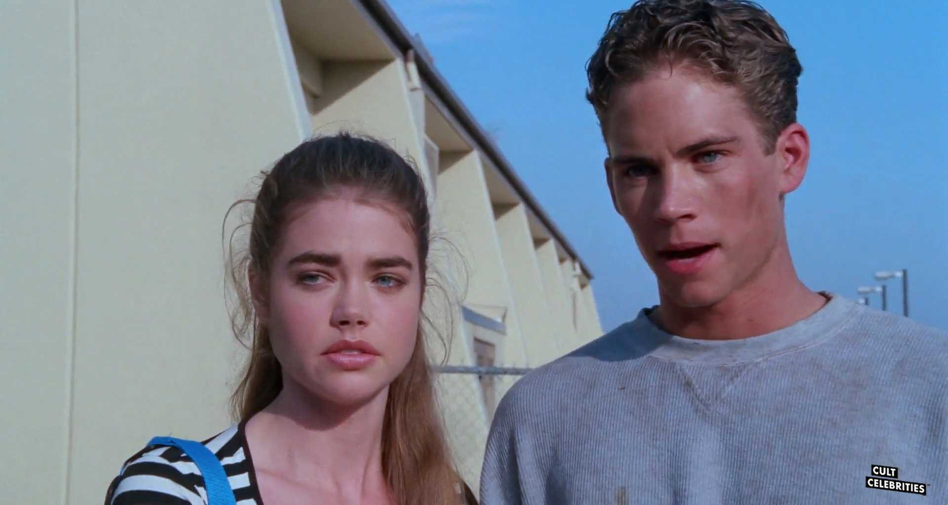 Paul Walker and Denise Richards in Tammy and the T-Rex (1994)