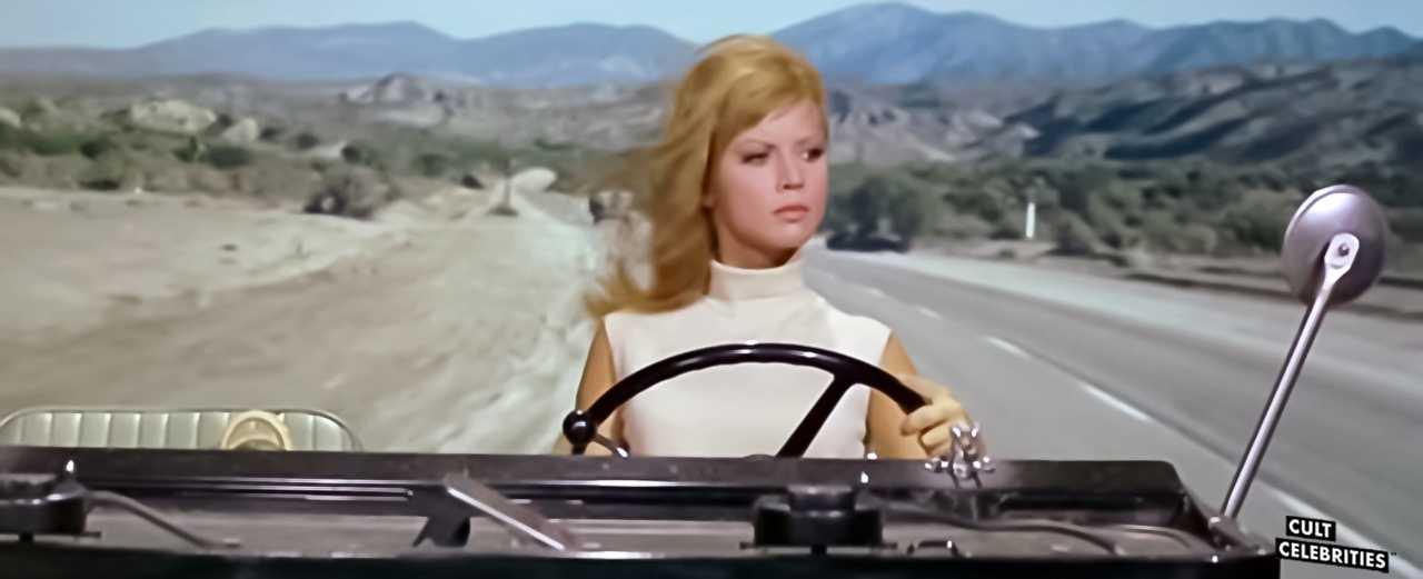 Jocelyn Lane in Tickle Me (1965)