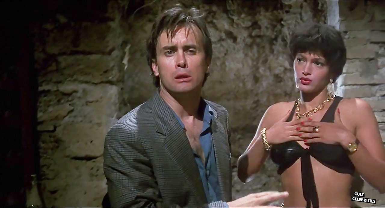 Jeffrey Combs and Raffaella Offidani in Castle Freak (1995)