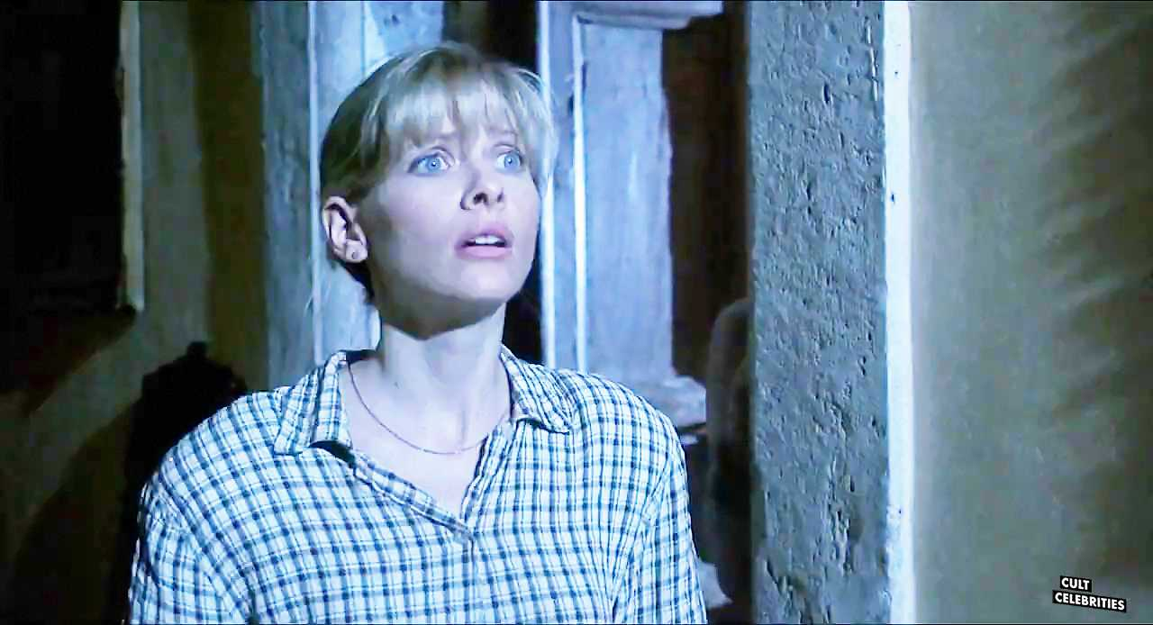 Barbara Crampton in Castle Freak (1995)